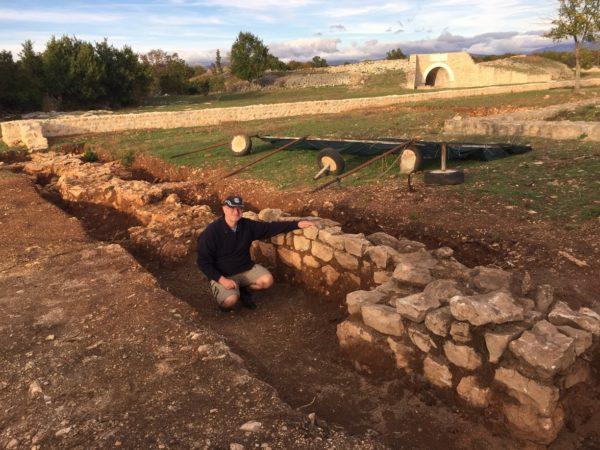 Croatia 16 Burnum wall dig (IMG_0079)